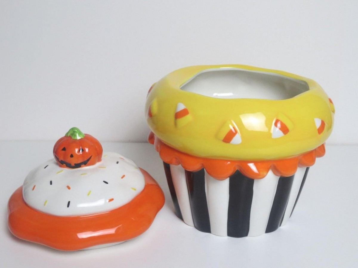 Halloween Cupcake Cookie Jar Ceramic Cookie Candy Jar