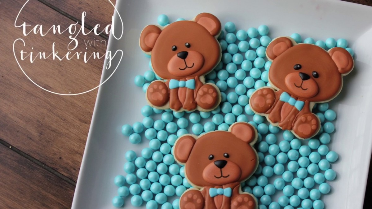 Teddy Bear Decorated Cookie Tutorial