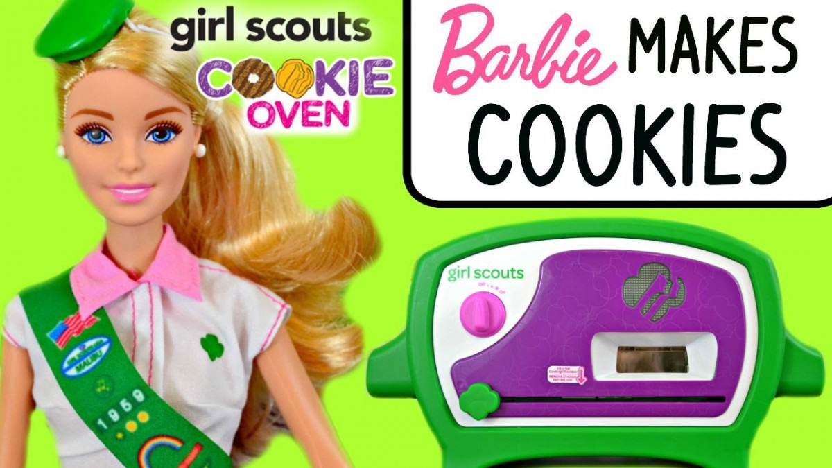 Barbie Makes Girl Scout Cookies With Girl Scouts Cookie Oven