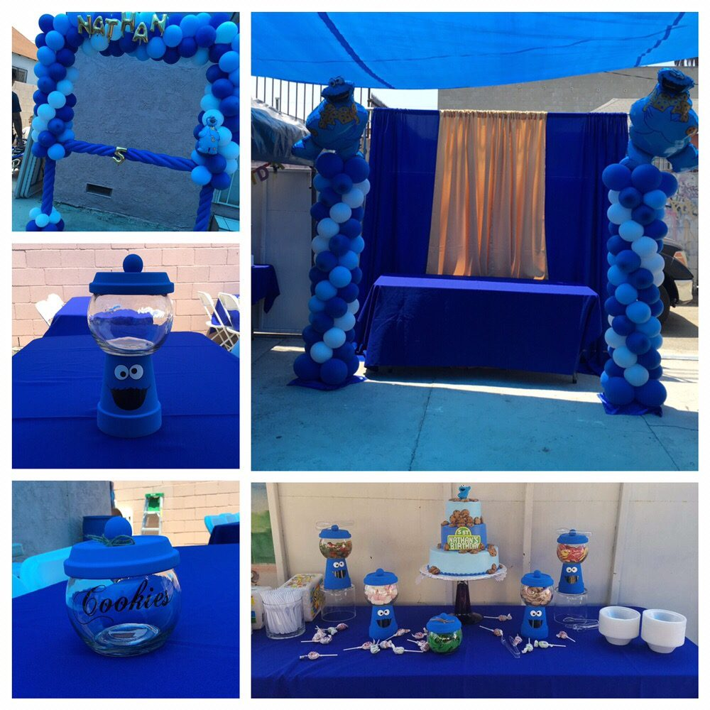 Cookie Monster Balloon Frame, Backdrop, Centerpieces, Balloon
