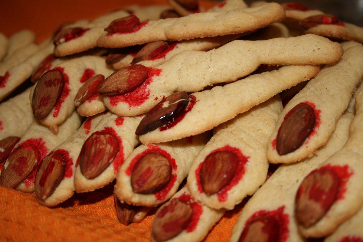 Severed Halloween Finger Cookies