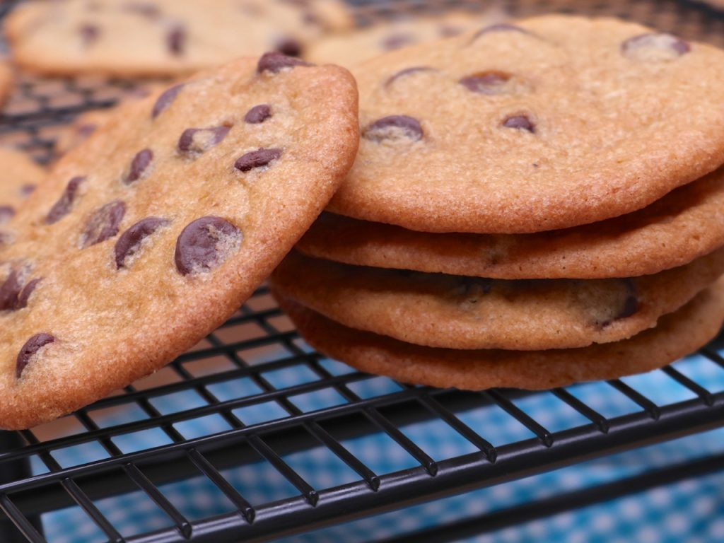 Thin & Crispy Chocolate Chip Cookies Recipe