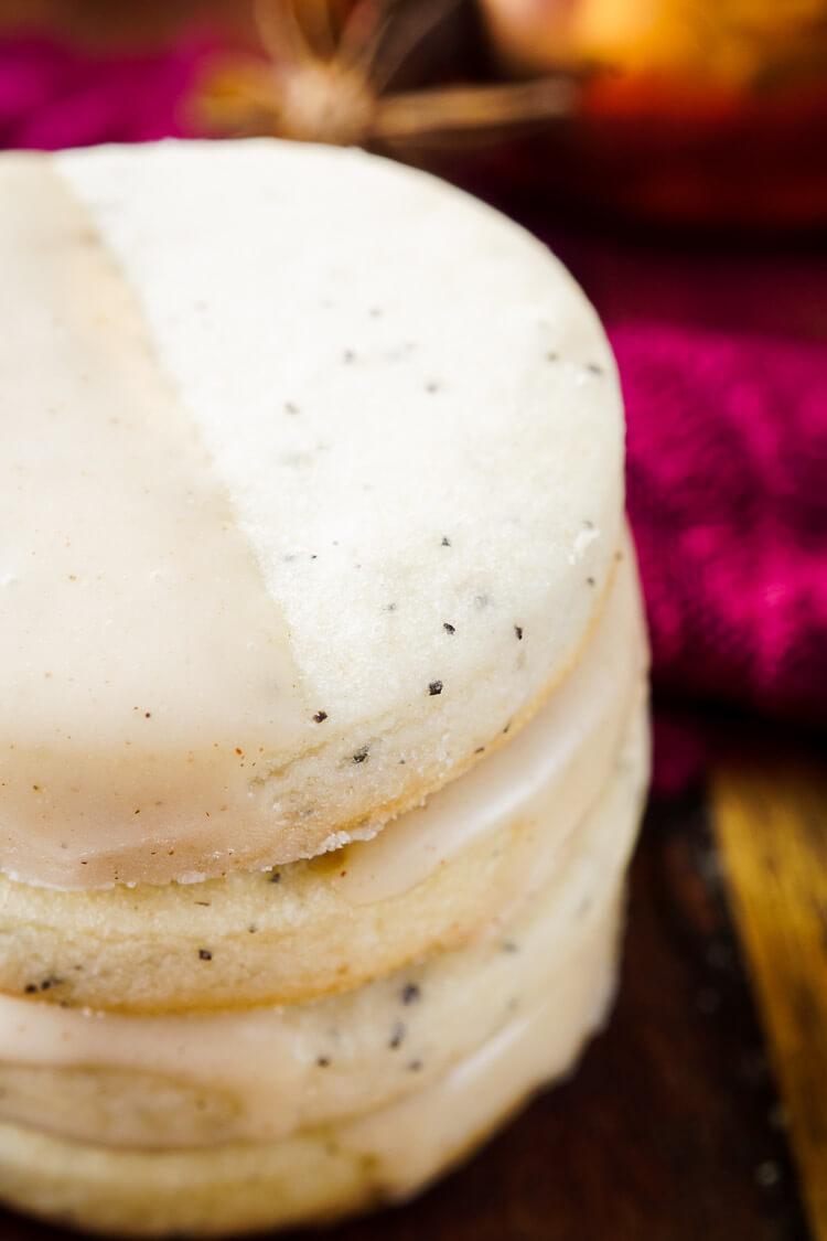 Easy Vanilla Chai Shortbread Cookies