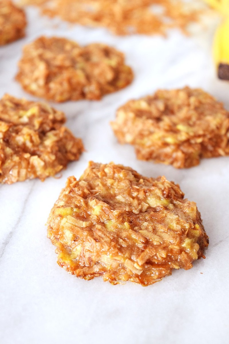 Vegan Banana Coconut Cookies