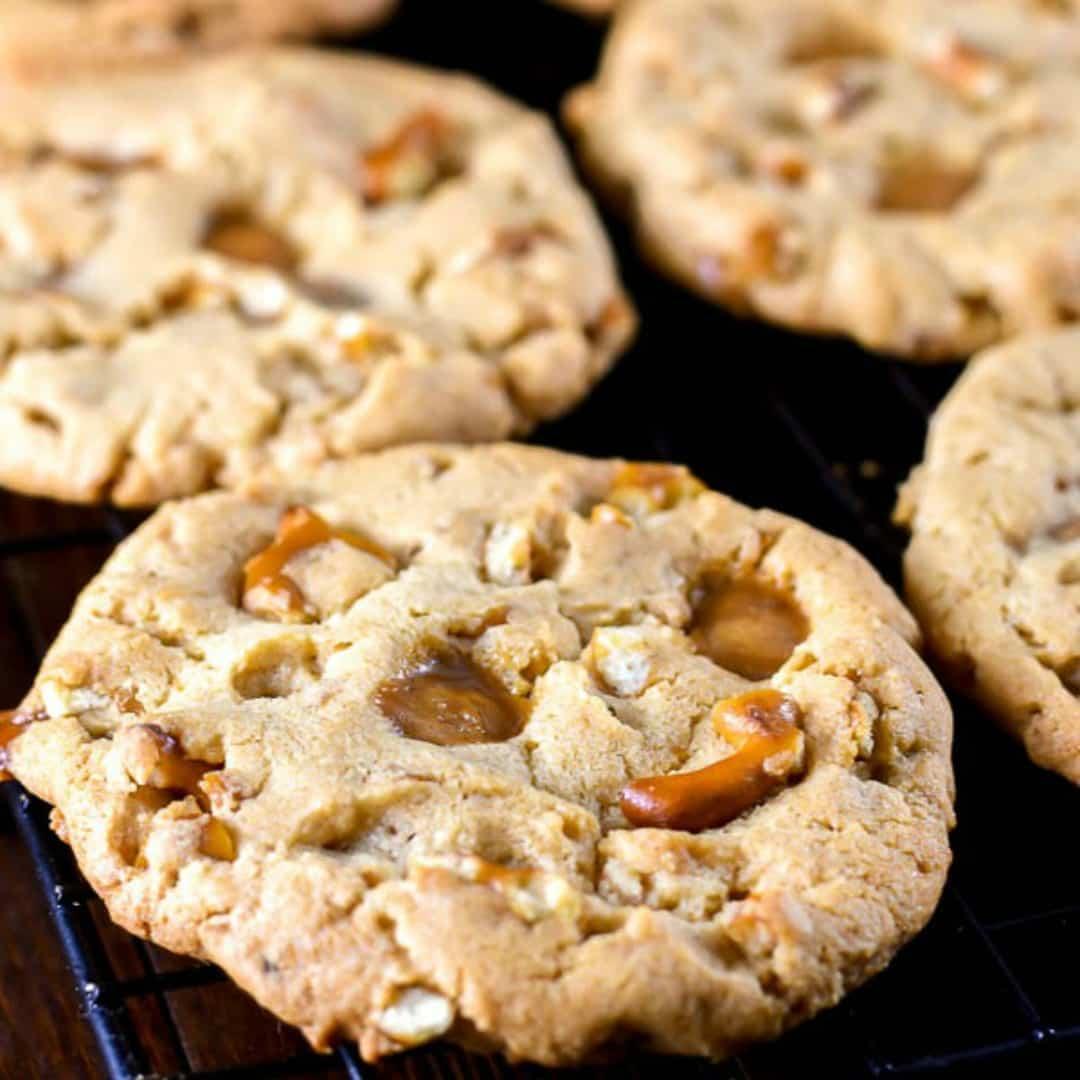 Caramel Peanut Butter Pretzel Cookies ⋆ Real Housemoms