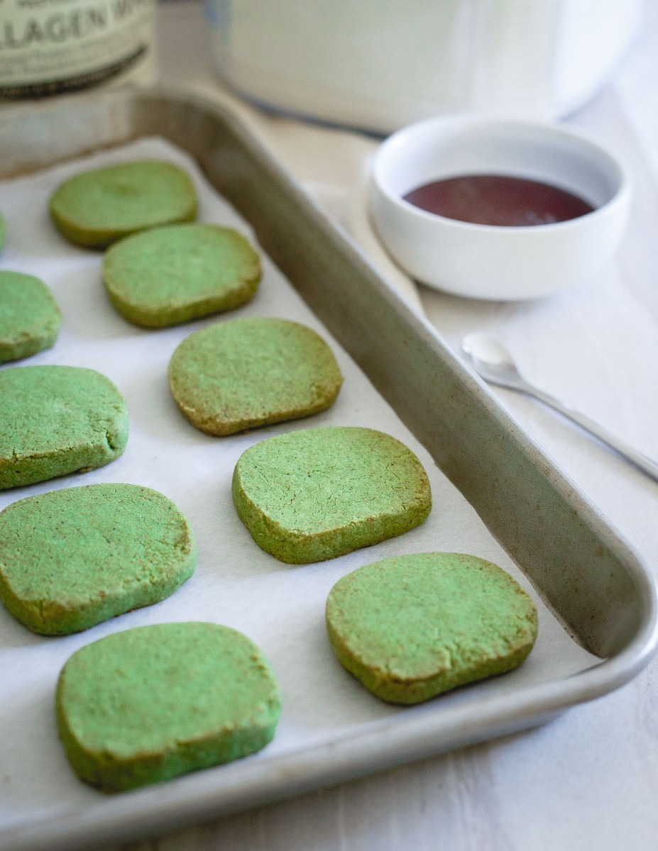 Matcha Shortbread Cookies
