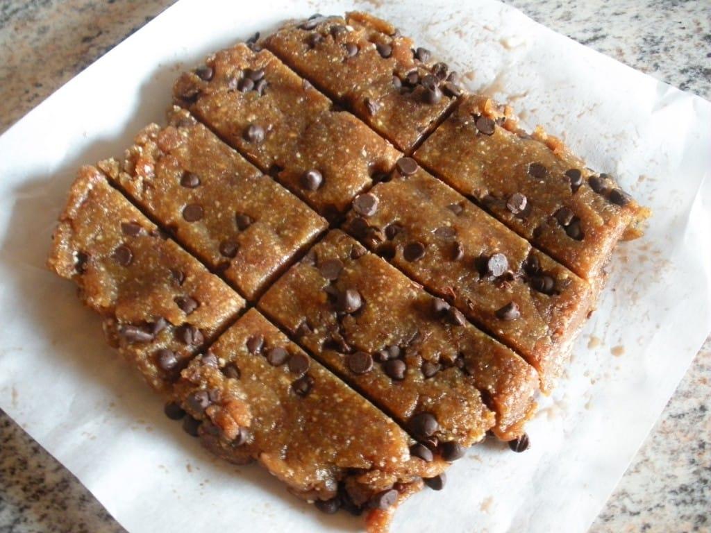 "Chocolate Chip Cookie Dough  ""larabar "" – Fastpaleo"