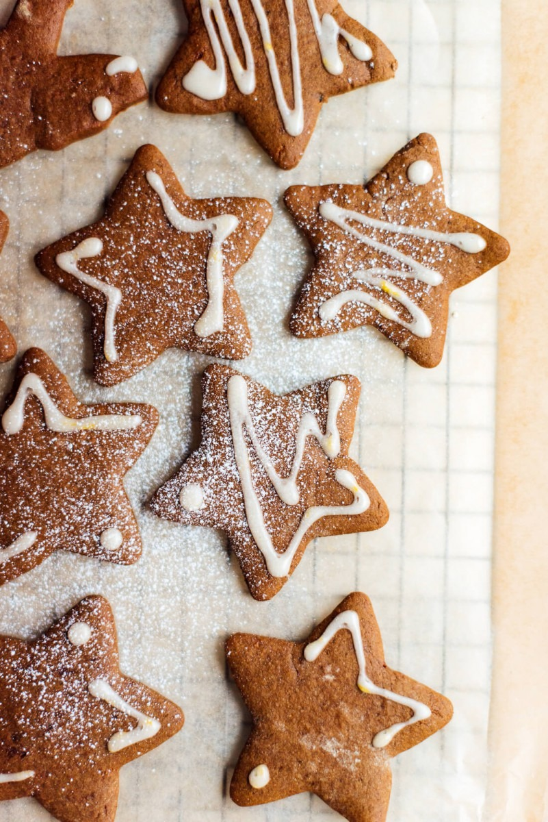Healthy Gingerbread Cookies Recipe