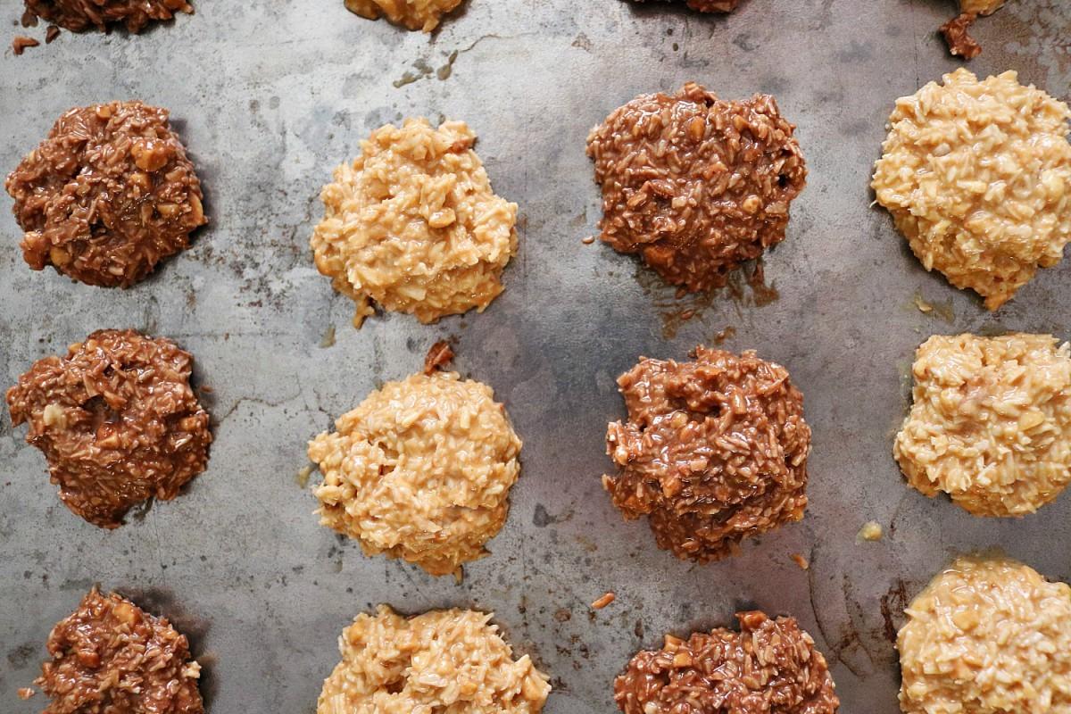 Keto No Bake Cookies In 5 Minutes! 2 Ways