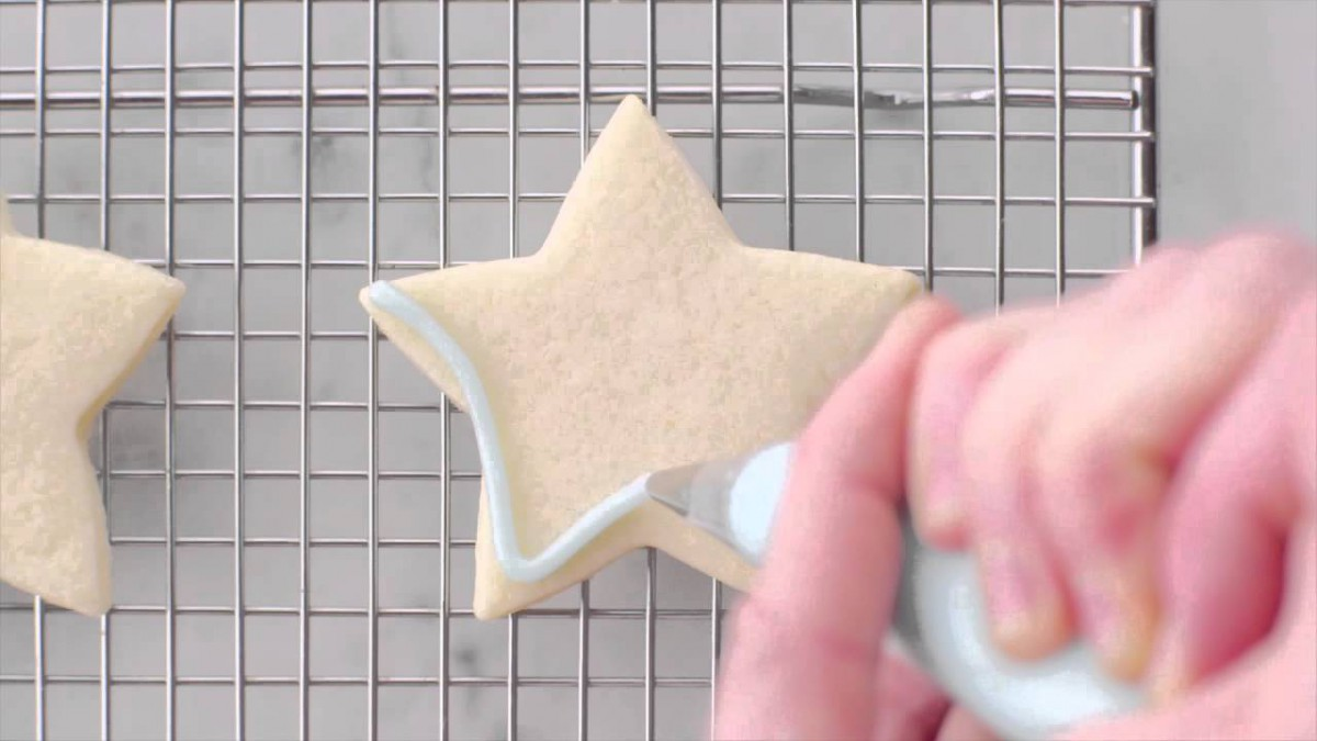 How To Decorate Cookies Like A Pro