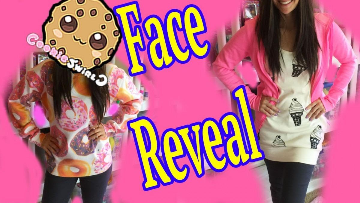 Cookieswirlc Face Reveal + Cookie Swirl Fan Questions & Answers