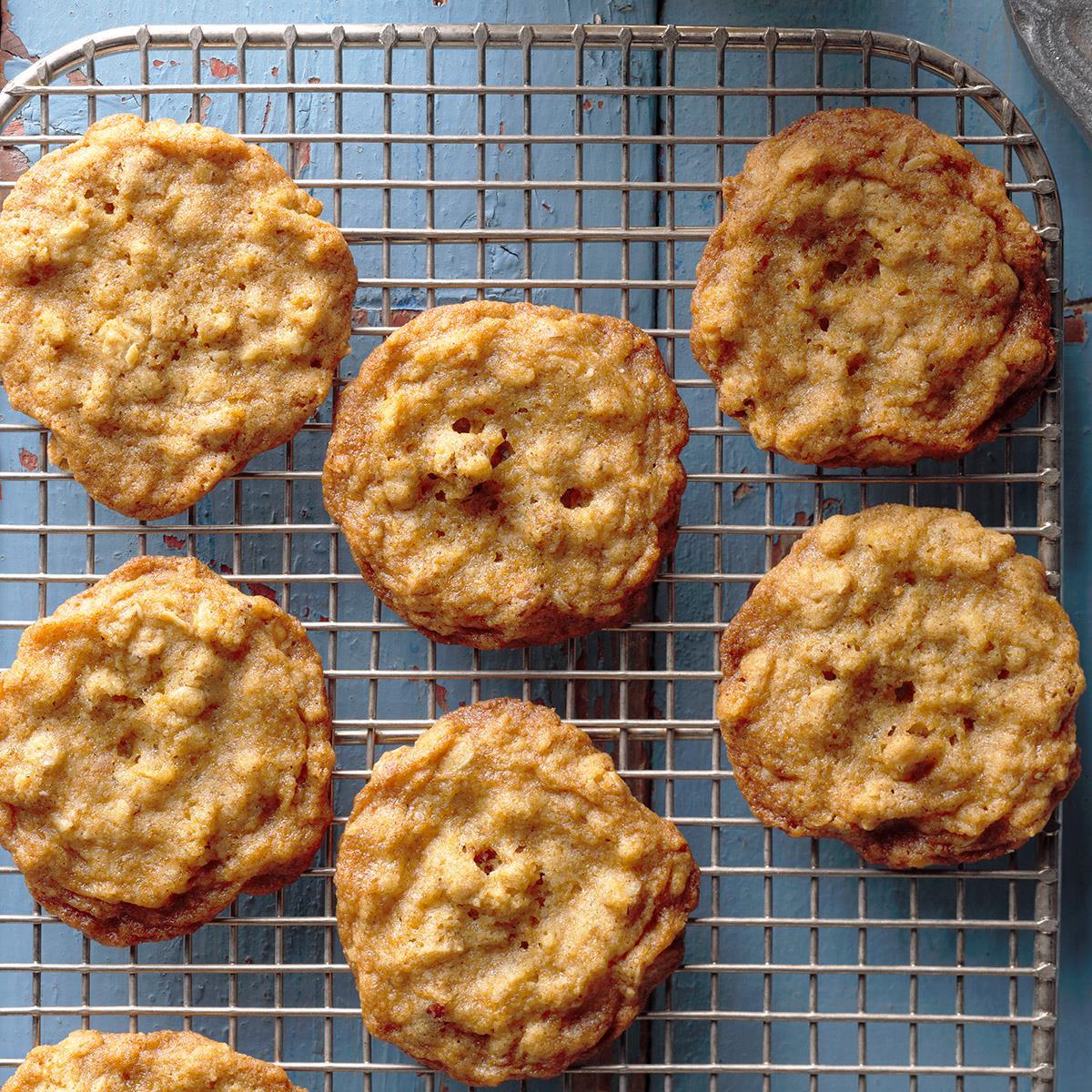 Oatmeal Molasses Crisps Recipe