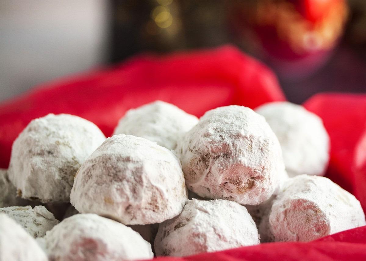 Pecan Snowball Cookies