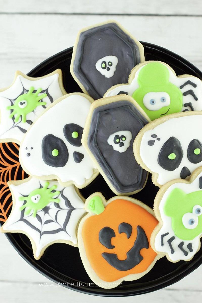 Halloween Royal Icing Sugar Cookies  Spiderweb