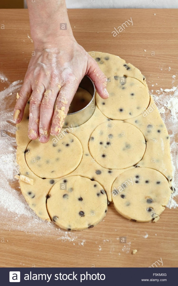 Using Cookie Cutters To Cut Out Rounds  Making Chocolate Chip