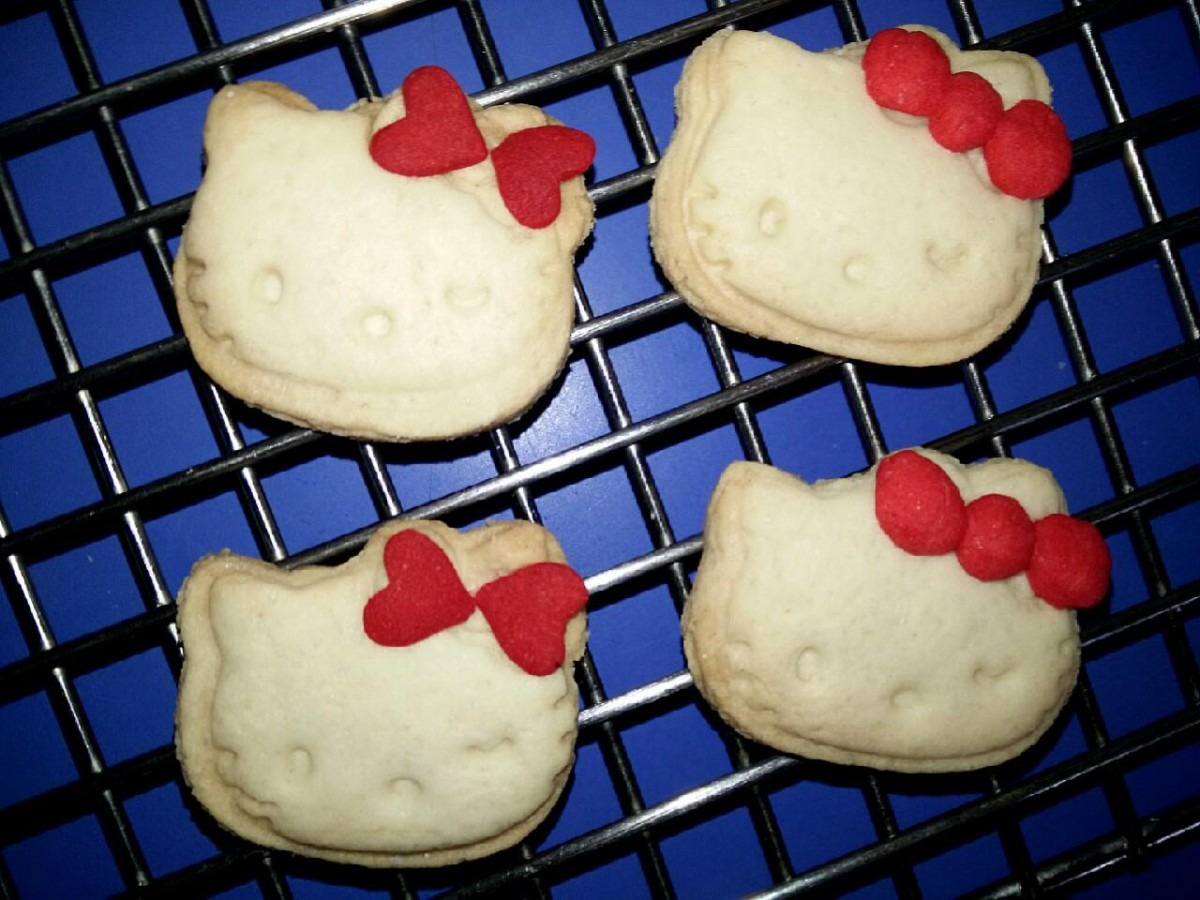 Home Cooking  Hello Kitty Crunchy Butter Cookies By Joey Foo