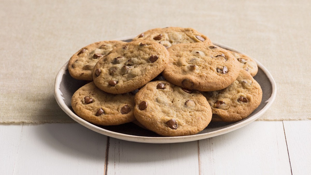 "Why You Should Eat ""bad"" Foods — Like Cookies — For Optimal"