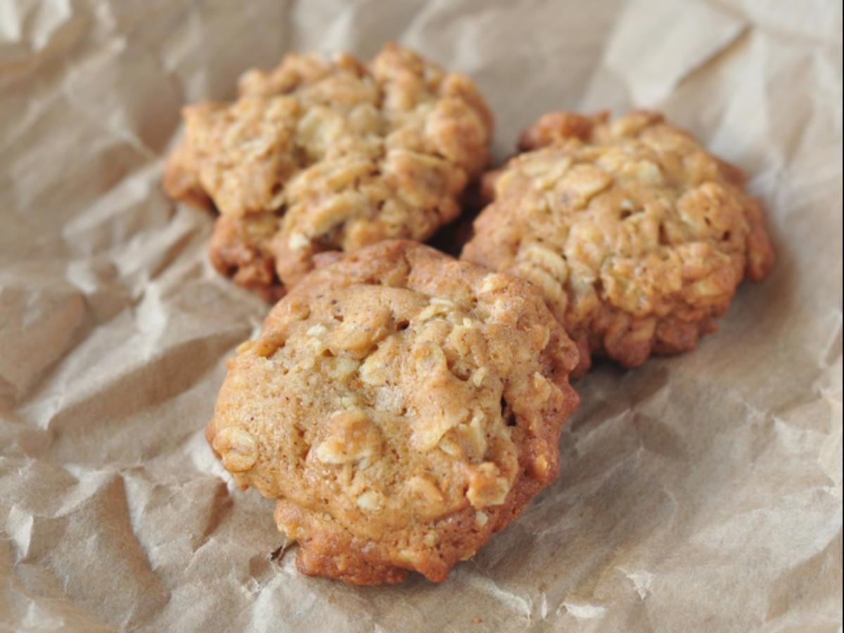 Martha Stewart's Healthy Oatmeal Cookies Recipe And Nutrition