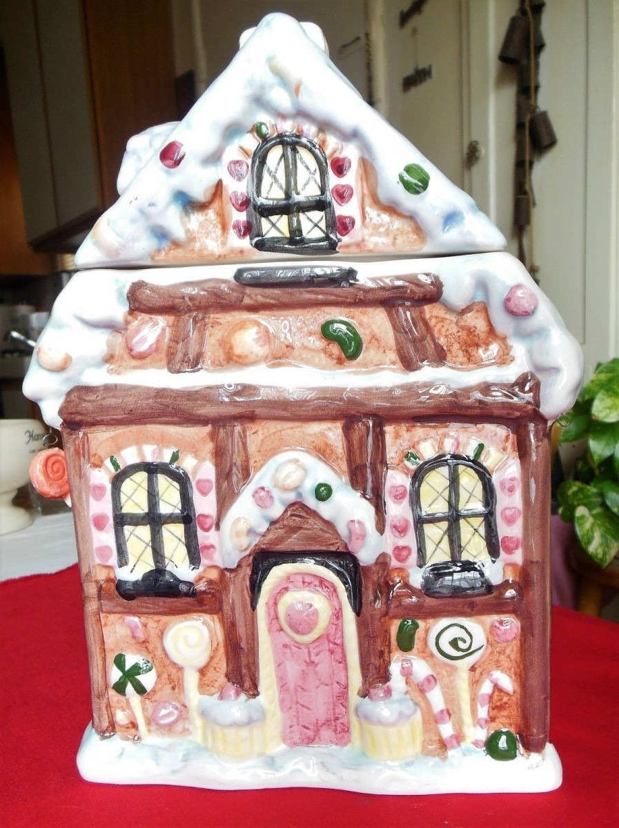 Vintage Ceramic Christmas Gingerbread House Cookie Jar The May