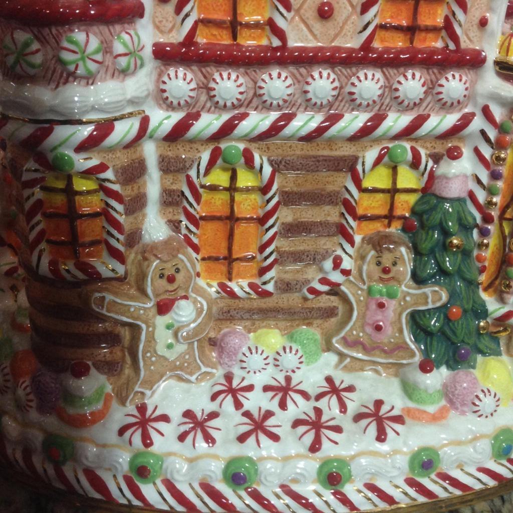 Christopher Radko Gingerbread House Cookie Jar
