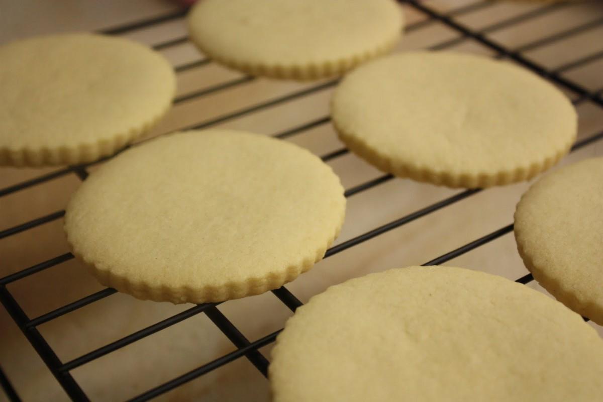 Deeelish By Mish  Super Easy & Delicious Irish Shortbread Cookies