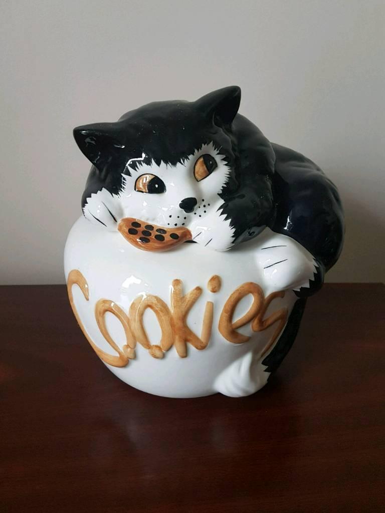 Ceramic Cat Cookie Jar  Biscuit Barrel