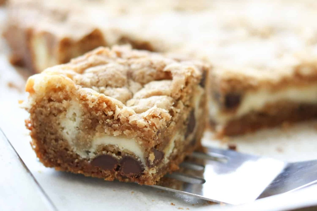 The Best Cheesecake Cookie Bars {traditional And Gluten Free
