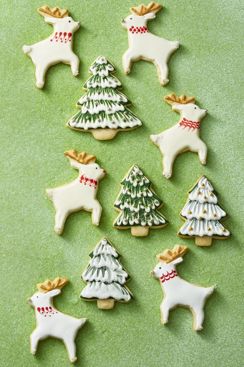 75 Easy Christmas Cookies
