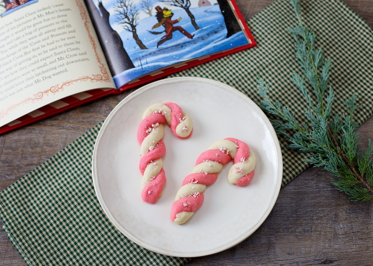 How To Make Peppermint Candy Cane Cookies For Christmas