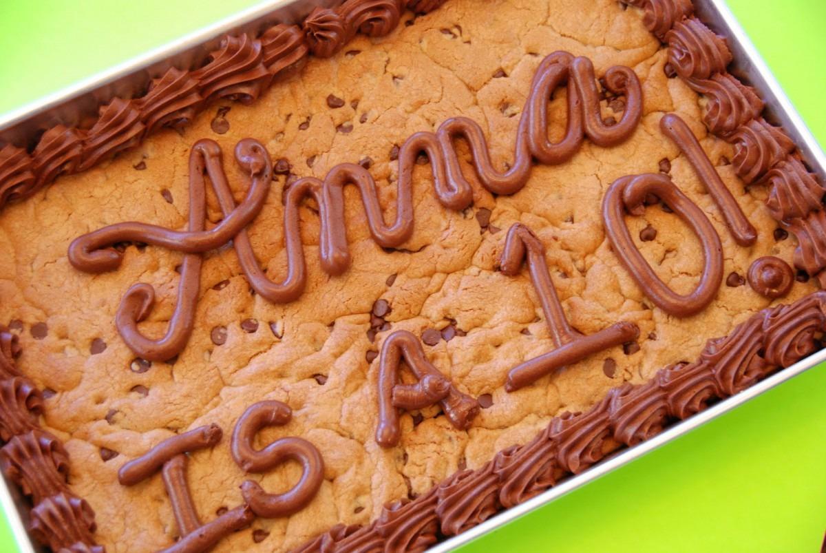 Simple Girl  Homemade Chocolate Chip Cookie Cake!