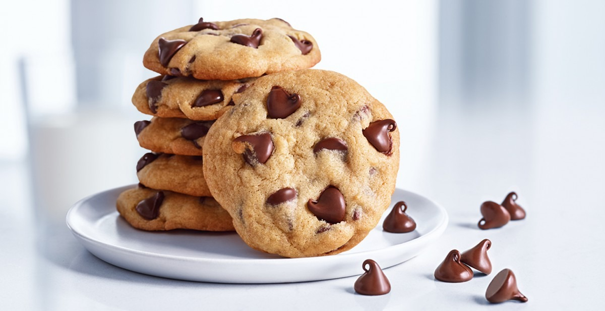 Grand Chocolate Chip Cookie