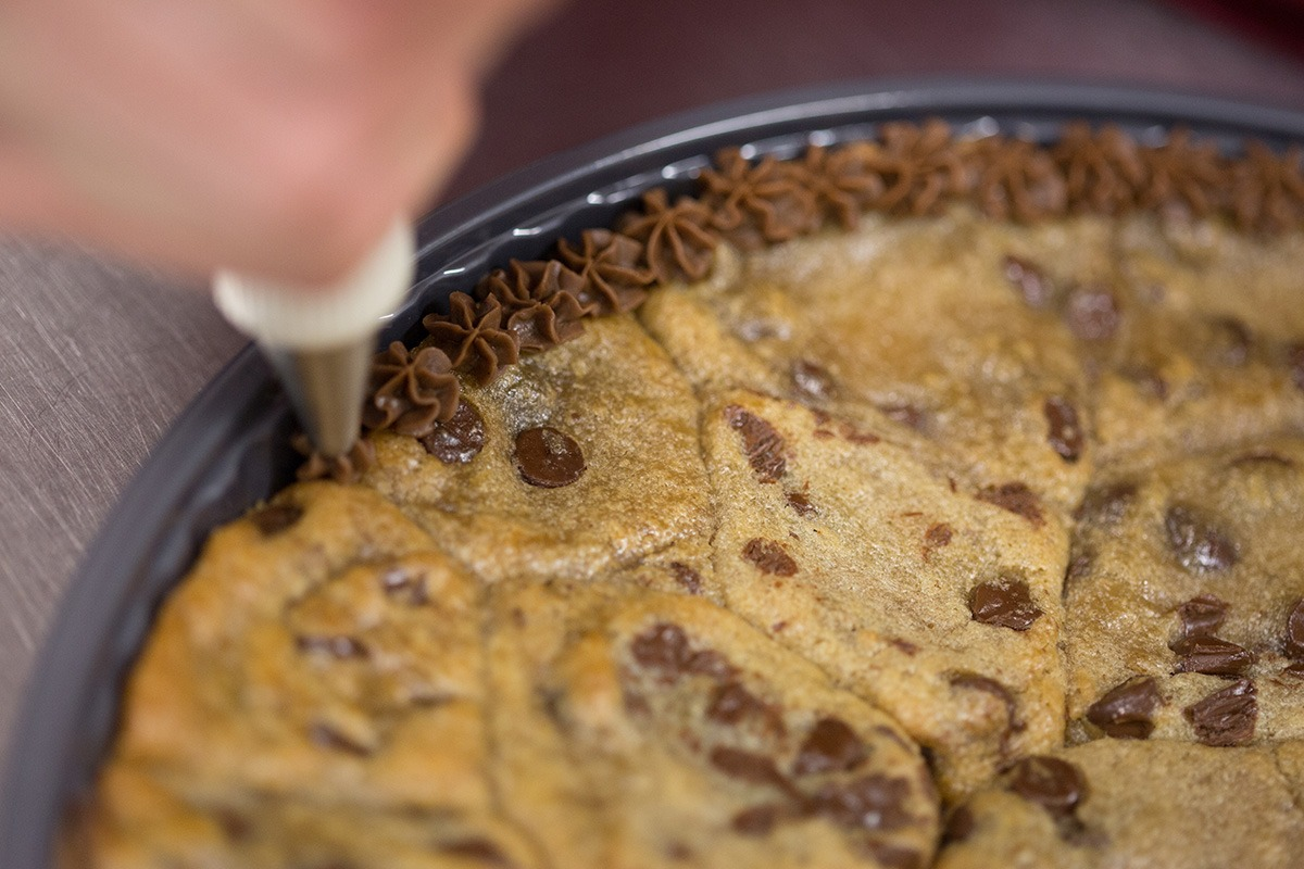 Top 5 Reasons To Get A Cookie Cake!