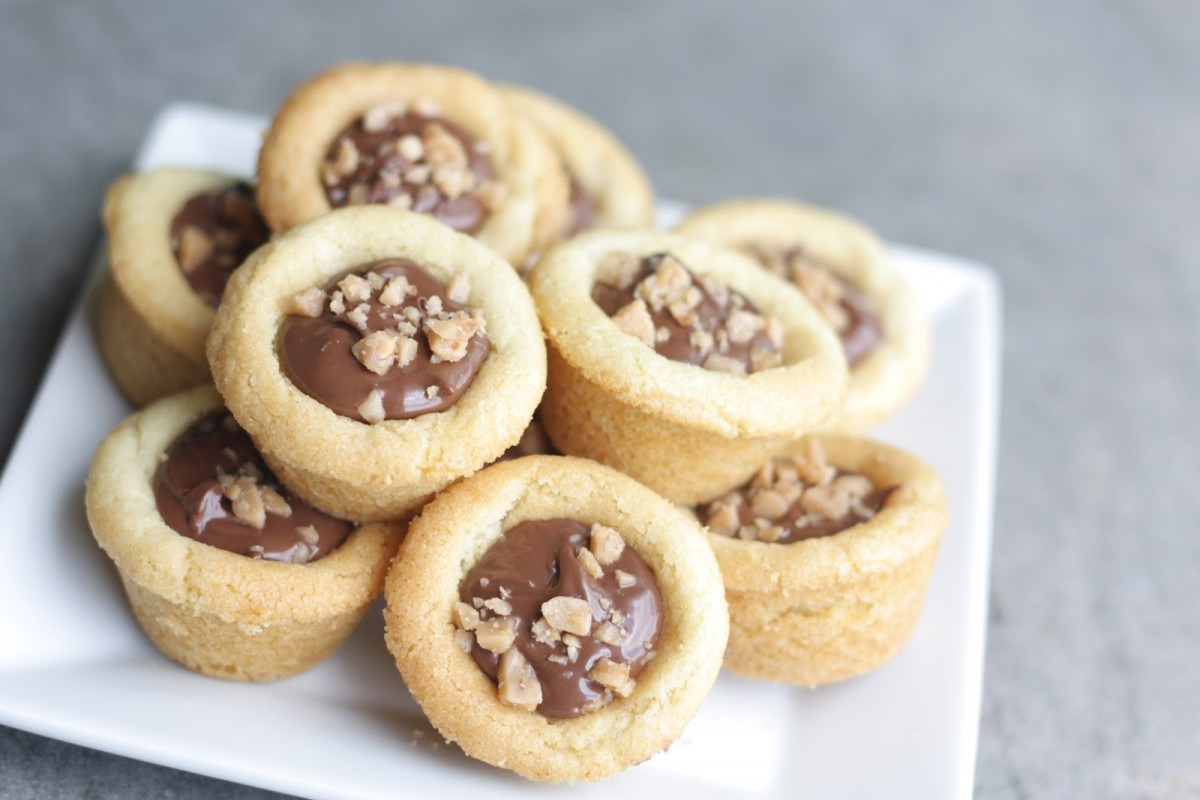 Nutella Filled Sugar Cookie Cups
