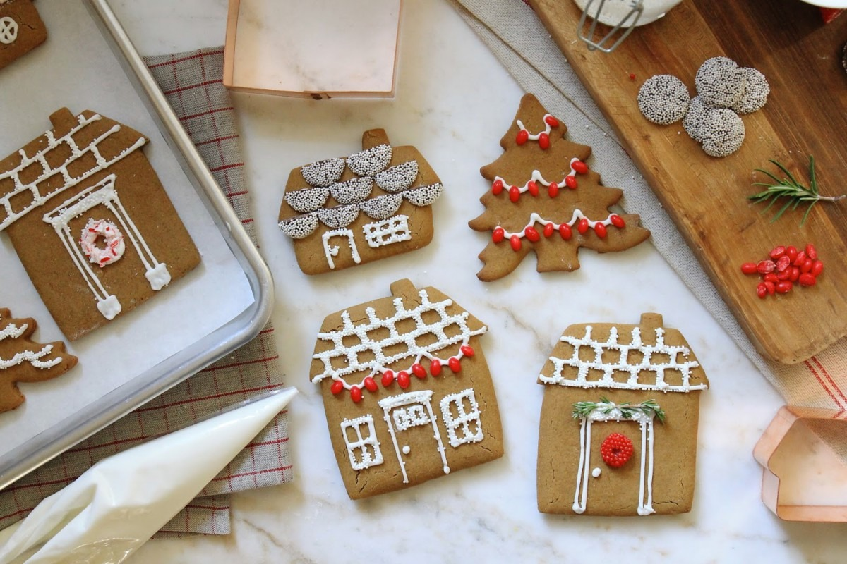 Jenny Steffens Hobick  Gingerbread House Cookies