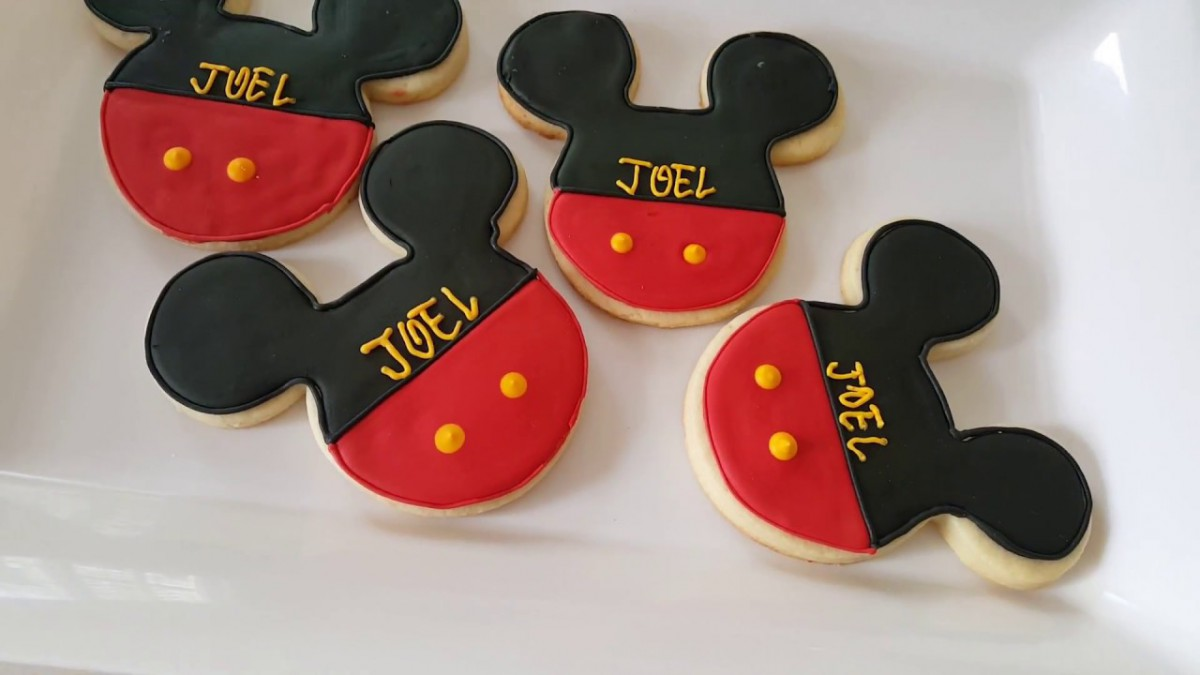Project 50  Easy Mickey Mouse Cookies