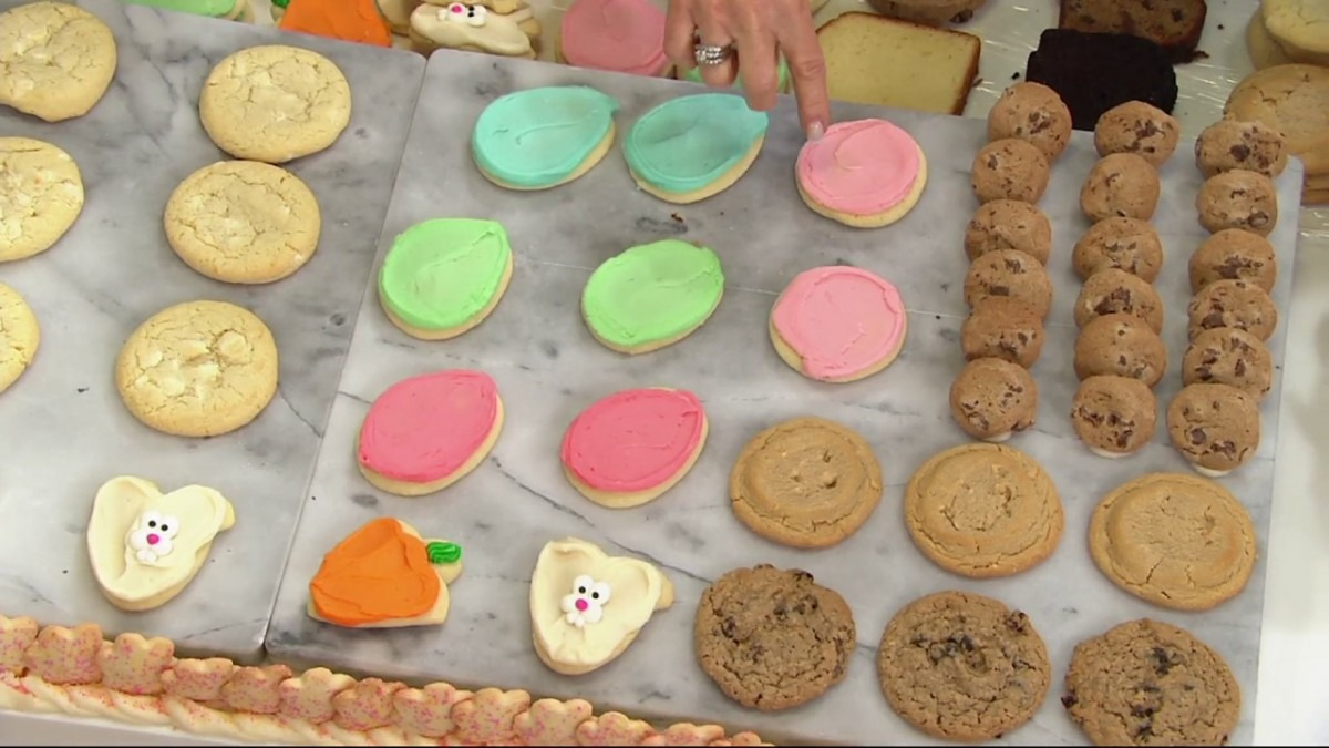 Cheryl's 75 Piece Easter Cookies And Cakes Sampler On Qvc