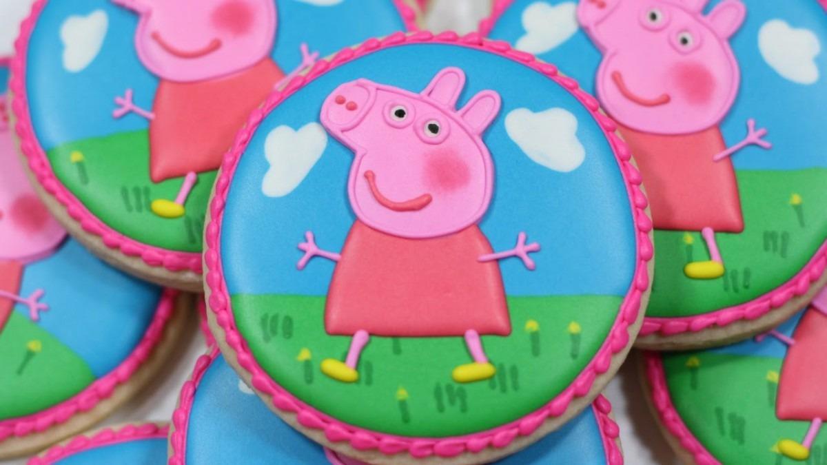 Peppa Pig Decorated Sugar Cookies
