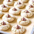 Cookies With Hershey Kiss On Top