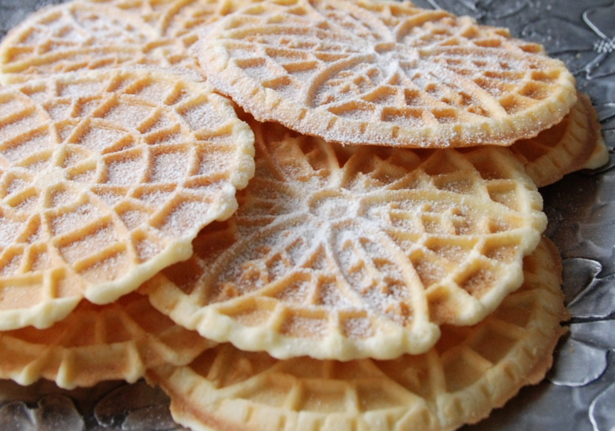 28 Oct 2015 – Uncle Nick's Cookies (pizzelle)