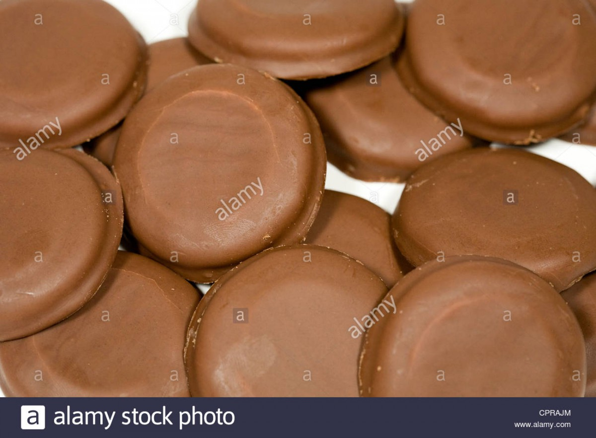 Tagalongs Girl Scout Cookies Stock Photo  48456428