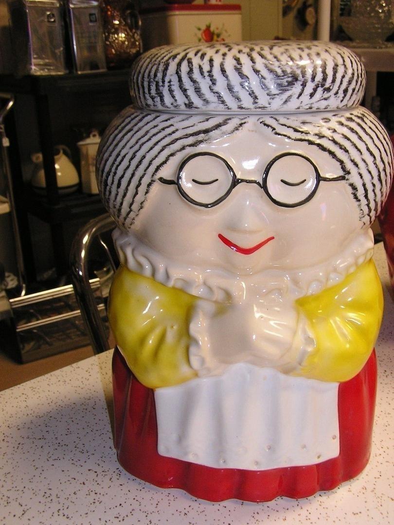 Vintage Mccoy Grandma Cookie Jar Mint Condition