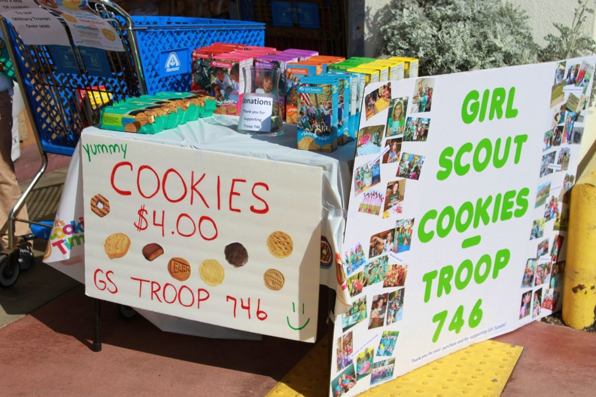 Huntington Beach Girl Scout Troop 746  Our First Cookie Booth