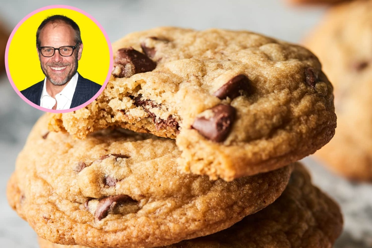 Alton Brown's Secret For A Perfectly Chewy Chocolate Chip Cookie