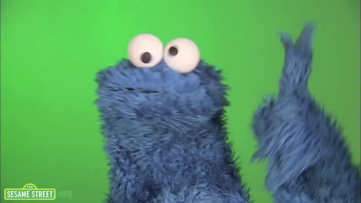 Cookie Monster Eating Cookie (ohm Nom Nom)