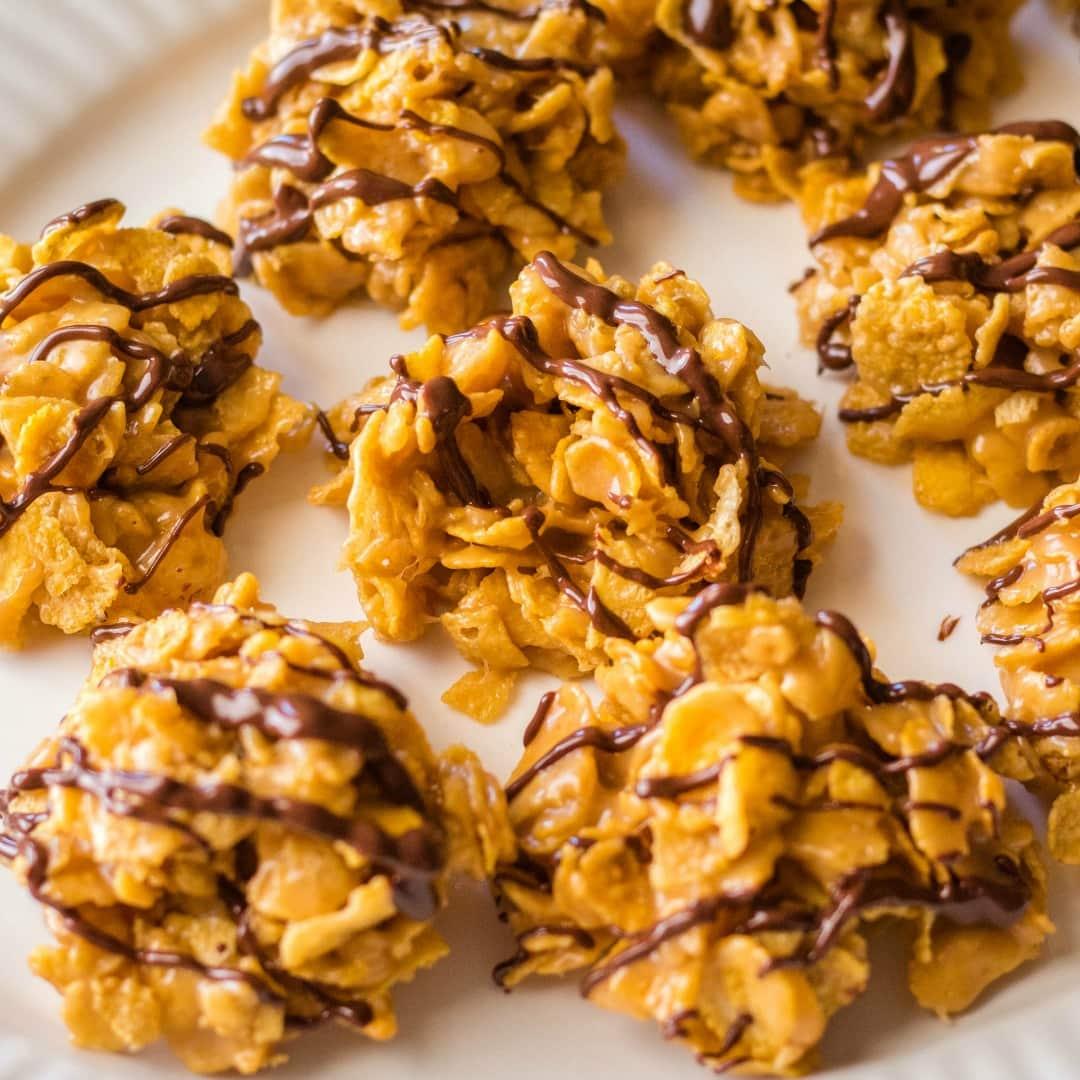 Chocolate Peanut Butter Cornflake Cookies • Bread Booze Bacon