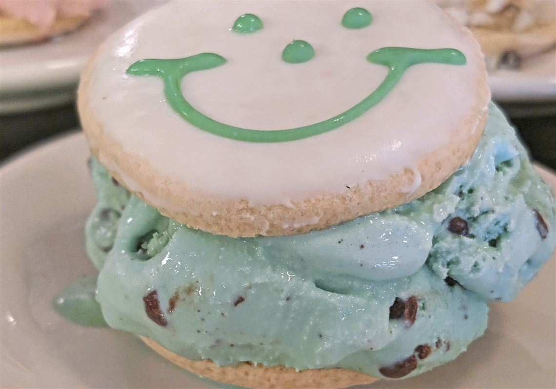 Klavon's Ice Cream And Eat 'n Park Create Mini Smiley Cookie Ice