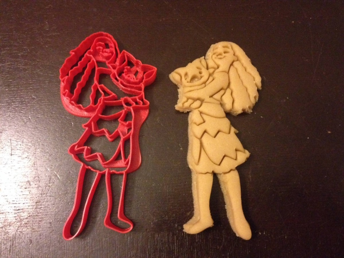 Moana Cookie Cutter With Her Pig  Great For Any Birthday