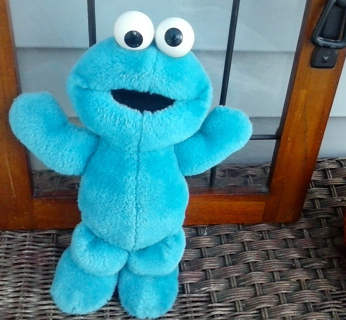 Vintage Tickle Me Cookie Monster 12 Talks Laughs And