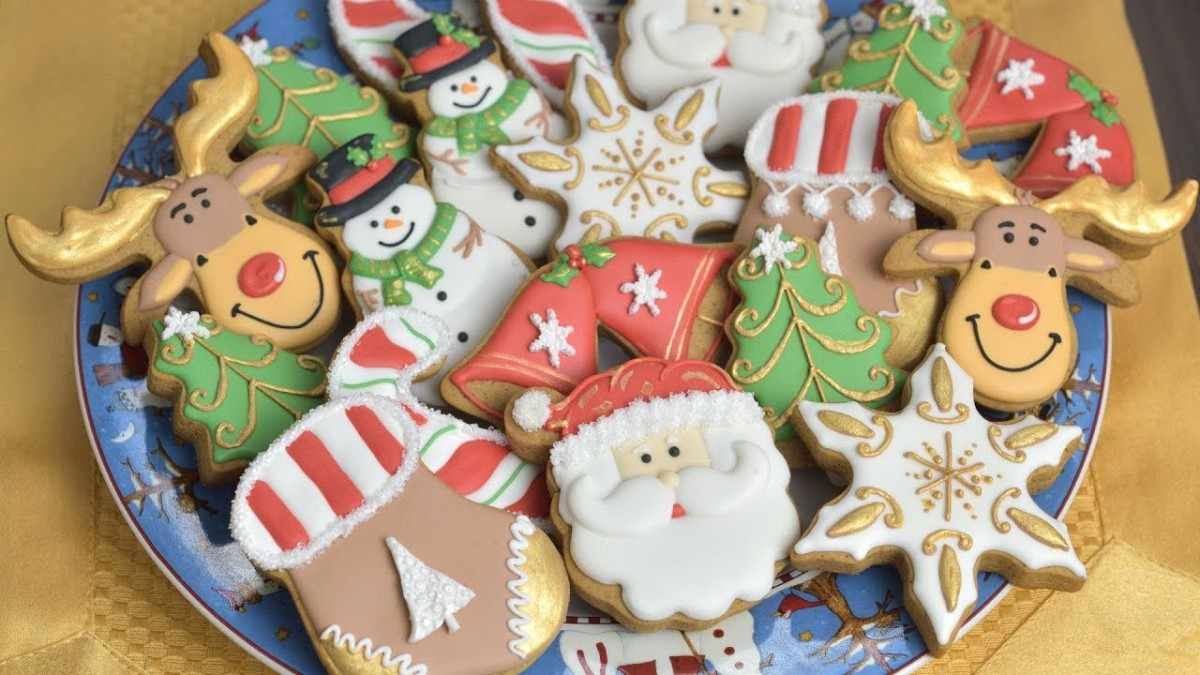 Christmas Cookies, Decorating With Royal Icing For Beginners By