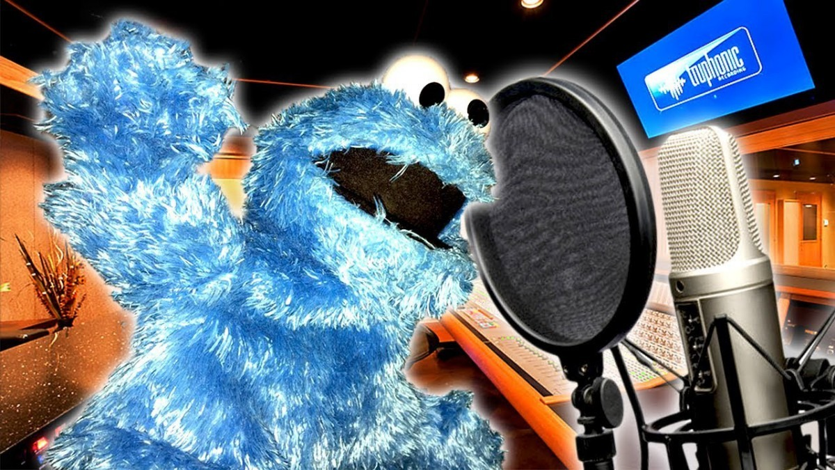 How To Do The Cookie Monster Voice! (voice Tutorial)